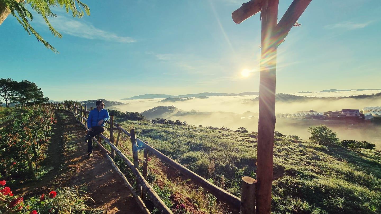 săn mây Đà Lạt ngắm bình minh tuyệt đẹp tại Đồi Mây Đà Lạt